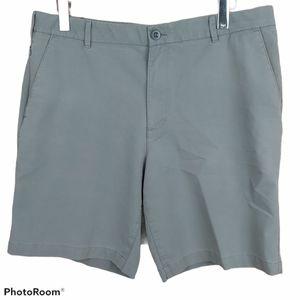 🍄3/45$🍄 IZOD Golf casual men's shorts size 36
